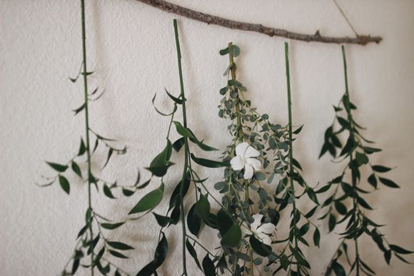 Post image for Create a Simple Floral Backdrop to Transform Your Wedding