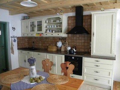 Realizace - klasické kuchyně z masivu - BALNABED