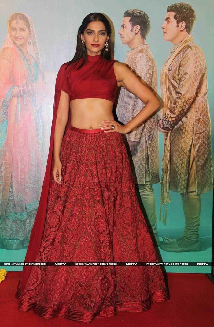 Dolly Ki Doli Arrives- Sonam Kapoor