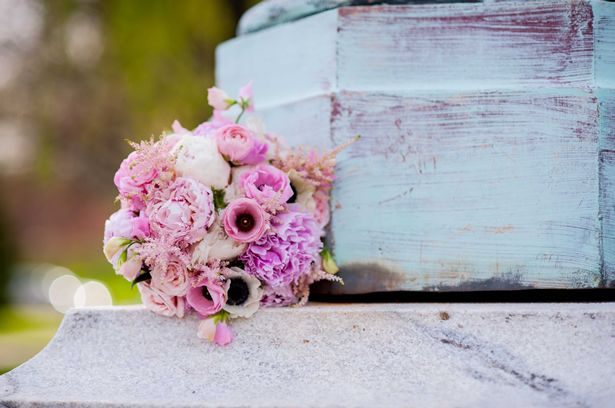 10 Questions to Ask a Wedding Florist