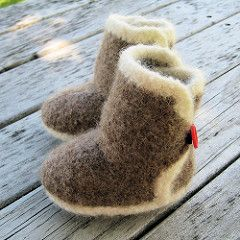 Designed to satisfy the need to keep babies' feet warm and keep the booties on.
