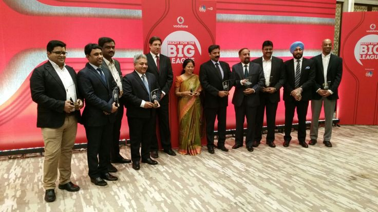 Global Advertisers MD Mr. Sanjeev Gupta is awarded for The Big Leauge by Vodafone India powered by CNBC-TV18  #WowMoment #ProudMoment #Awards #Appreciation #Achivement