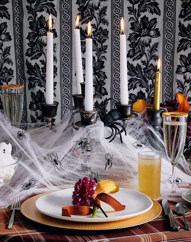 6 Last-Minute Halloween Decor Ideas That Are Anything but Kitsch