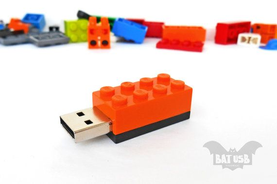 BAT™ 8GB USB flash drive - Memory Stick - Lego® original usb Brick - Lego® 2x4 Brick - Lego® usb in original piece - Color bricks usb by Think4HandmadeArt 20€