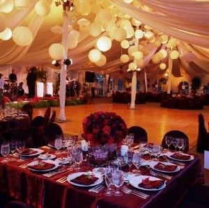 Love the lanterns! Would look great at an outdoor reception!!: Wedding Receptions, Dance Floors, Tent Wedding, Paper Lanterns, Tent Decor, Wedding Photos, Eateri, Chine Lanterns, Ceilings Decor
