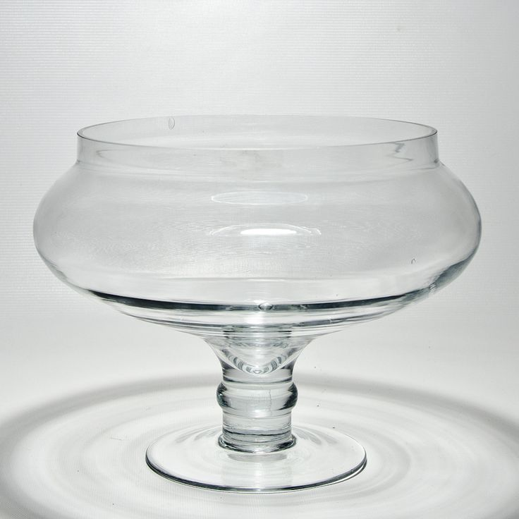 Stemmed clear glass lily bowl wedding centerpieces