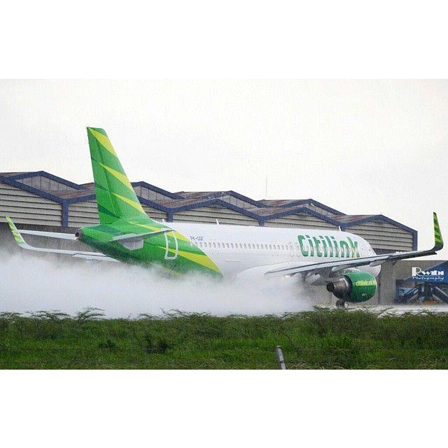 PK-GQF A320-214(SL) (2014.12.06) Photo by Rinaldi Wibiyanto @rwibi5  Instagram photo   Websta (Webstagram)