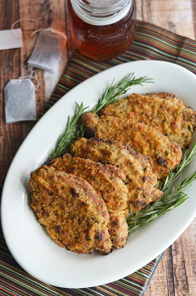 Crispy Baked Sweet Tea Pork Chops.  These Southern-style sweet tea brined pork chops are baked in the oven instead of fried but still wind up crispy, juicy, and full of flavor! | blog.hostthetoast.com