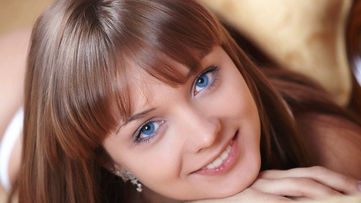 Blue Eyed Model