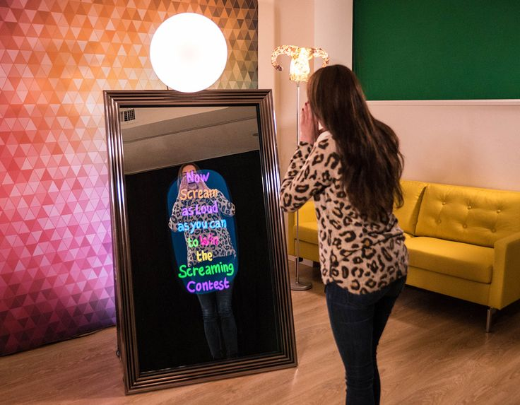 At Vivid Media, we are committed to providing interactive entertainment. If it is wedding photo booth Perth you are in need of, look no further.