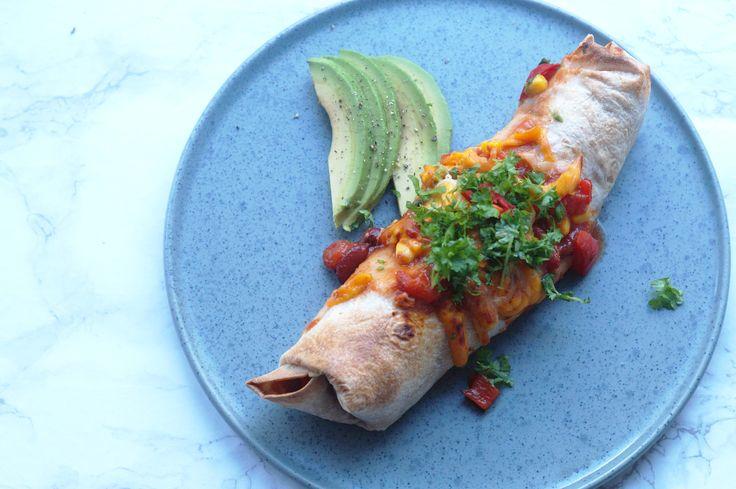 Enchiladas med kylling, bønner og majs