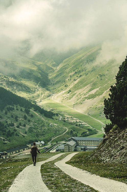 theatrecollage: wnderlst: Pyrenees, Spain I want to go to...