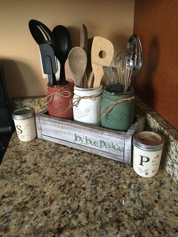 Best 25 kitchen utensil holder ideas on pinterest mason for Mason jar holder ideas