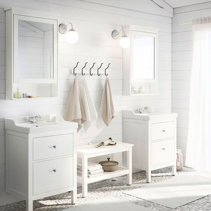 HEMNES/RÄTTVIKEN fehér mosdóállvány, két fiókkal és HEMNES tükrös szekrény