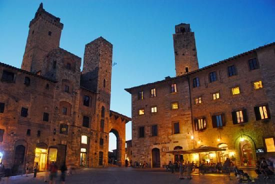 Hotel Leon Bianco will be one of our stops http://www.tripadvisor.com/Hotel_Review-g187901-d238839-Reviews-Hotel_Leon_Bianco-San_Gimignano_Tuscany.html