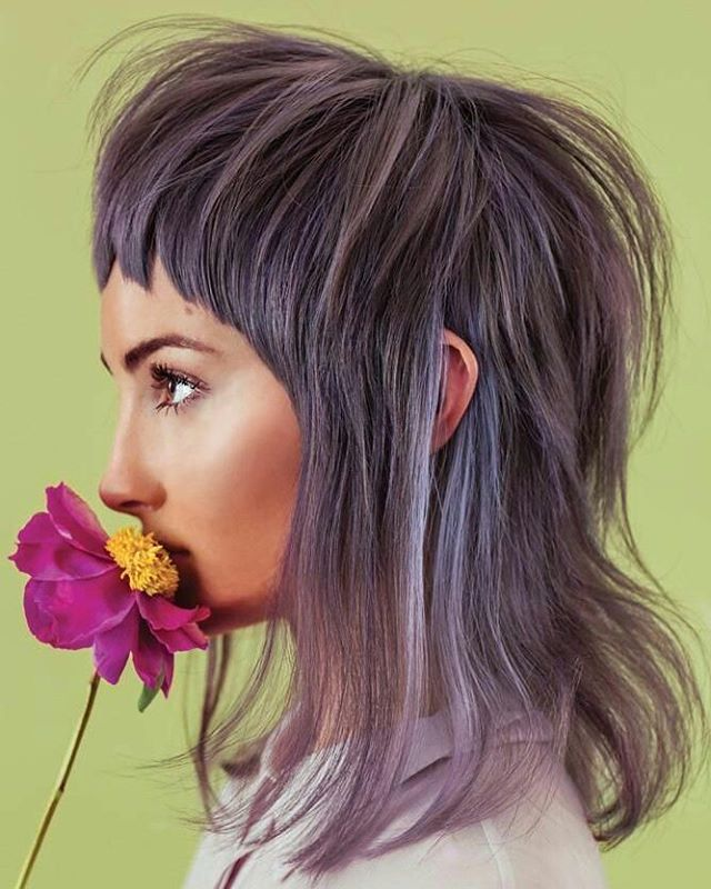 Embracing the flower child vibe with this dusky lilac shade!🌼🌻