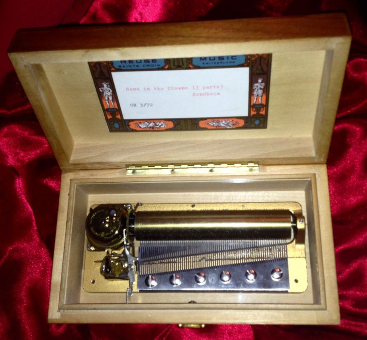 Vintage REUGE MUSIC BOX! by Antiguabay on Etsy