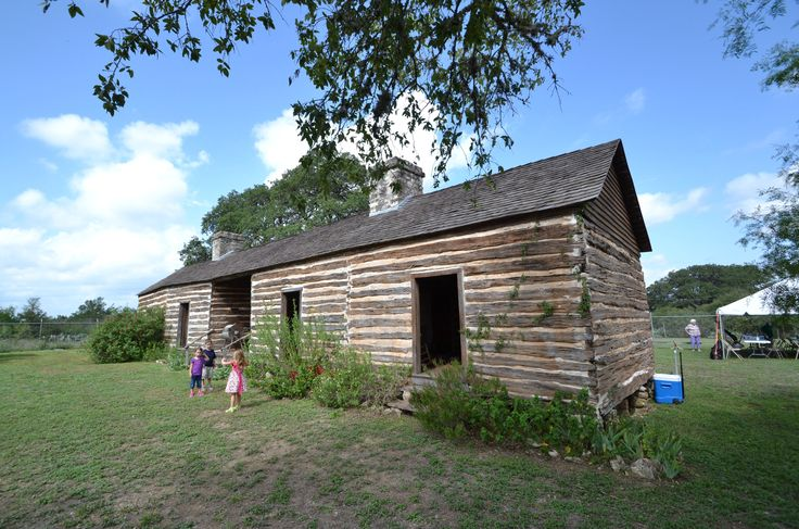 1000 images about historical log homes on pinterest for Log cabin home builders in texas