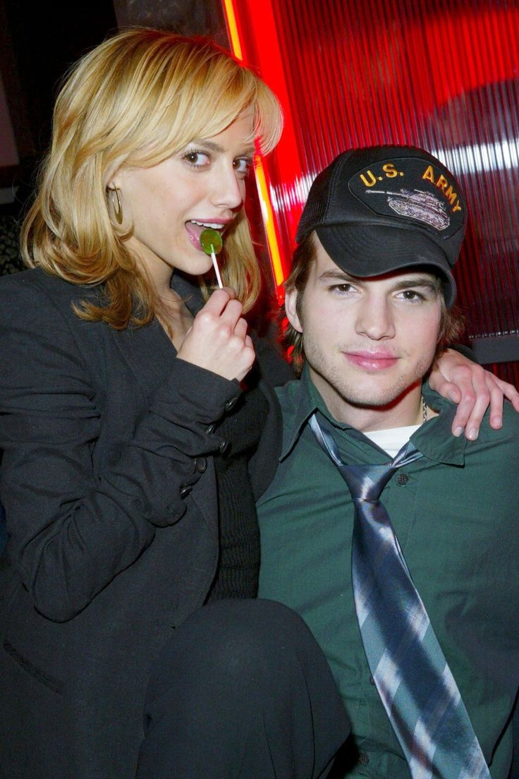 Brittany Murphy and Ashton Kutcher In the early days of both of their careers, Brittany Murphy and Ashton Kutcher were hot and heavy. They were fixtures in the NYC and LA nightlife scene in the early 2000s, but their love was short-lived. Kutcher has spoken on a couple of occasions how sad he was after she passed.