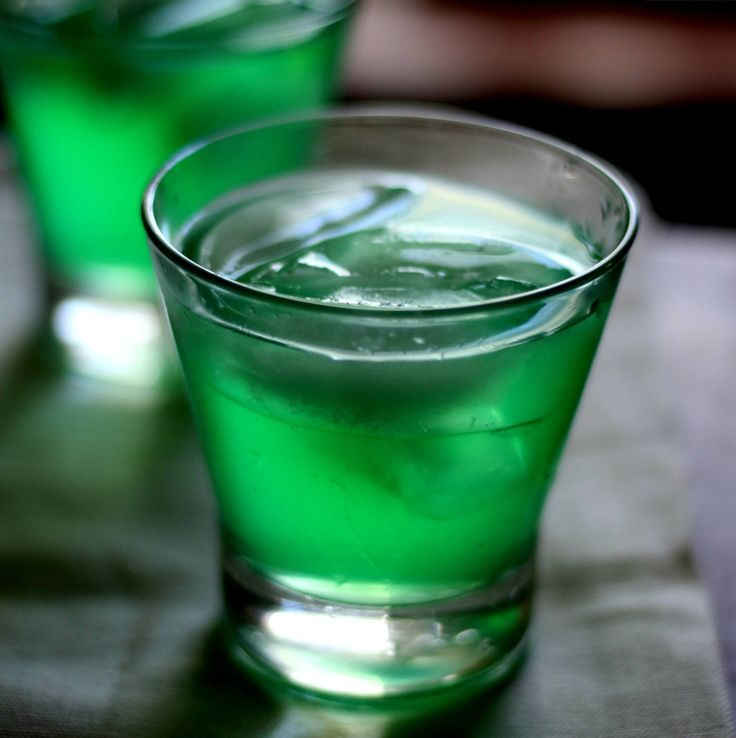 Hammered Hulk Cocktail Recipe Drinks Green Alcoholic