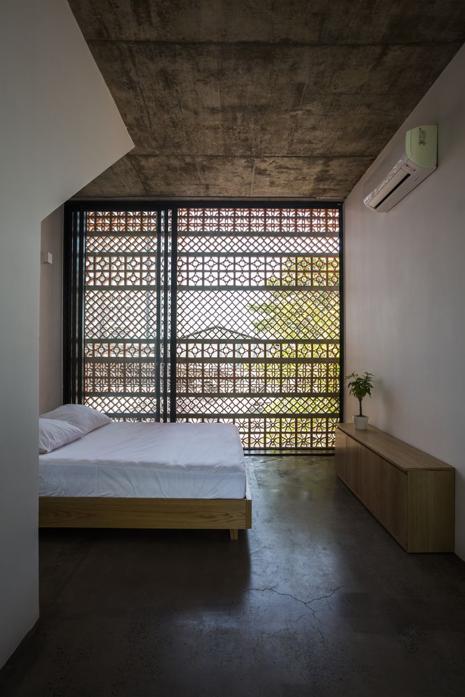 Gallery of Apartment in Binh Thanh / Sanuki Daisuke architects - 25