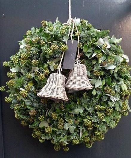 15 Festive DIY Holiday Wreaths | The Vivant