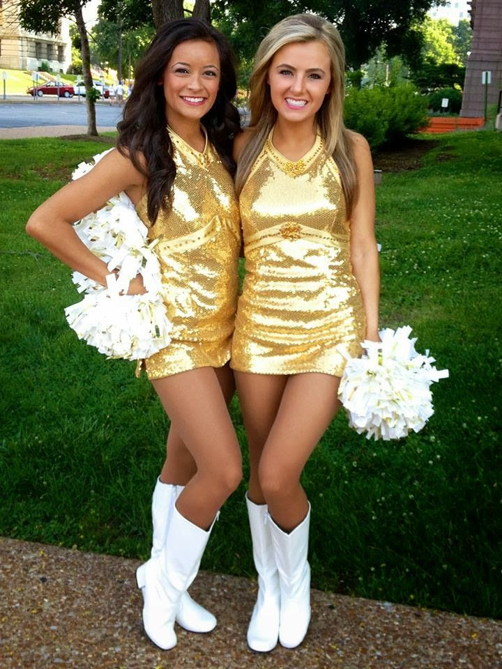 dancing-cheerleader-hot-sexy-teen