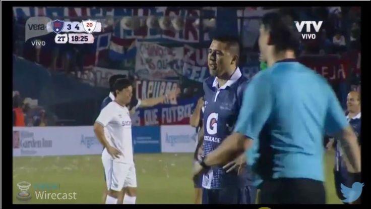 Gol de Juan Roman Riquelme, en la despedida del Chino Recoba
