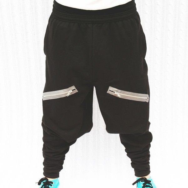 Black harem style sweat pants with front pockets ❤ liked on Polyvore featuring activewear, activewear pants, pants, chachimomma, jeans, sweatpants, sweats, sweat pants, harem sweatpants and black harem sweatpants