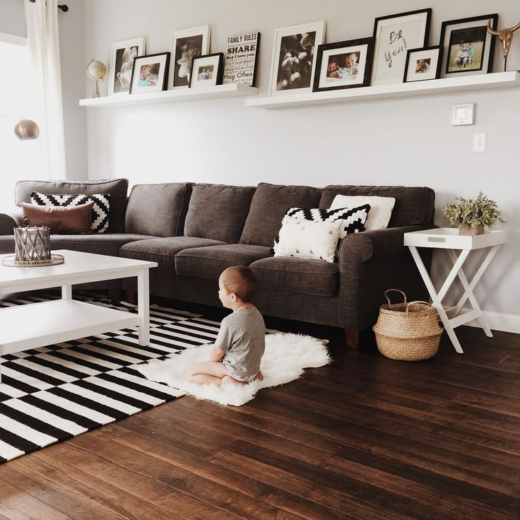 Budget Friendly Modern Farmhouse Family: 25+ Best Ideas About Farmhouse Family Rooms On Pinterest