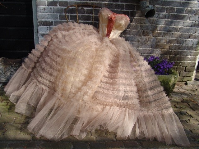 vintage tule jurk | verkochte artikelen/sold | De Merel Brocante webwinkel