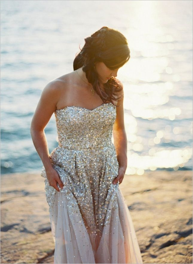 Sequin Wedding Dress: Pop the champagne and take a spin around the dance floor in a gorgeous, sparkling dress evocative of a disco ball. #BeachWeddingDress (FAB events LAB - Event- & Wedding Planner Mallorca fabeventslab.com)