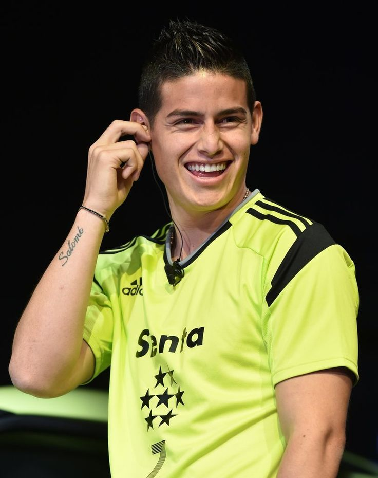 It's been a great few years for soccer. The 2014 World Cup in Brazil and 2015 Copa América certainly provided us with endless hours to admire the players's impressive skills . . . and, fine, gorgeous faces and crazy-toned bodies. But next year, we want more! Specifically, James Rodriguez