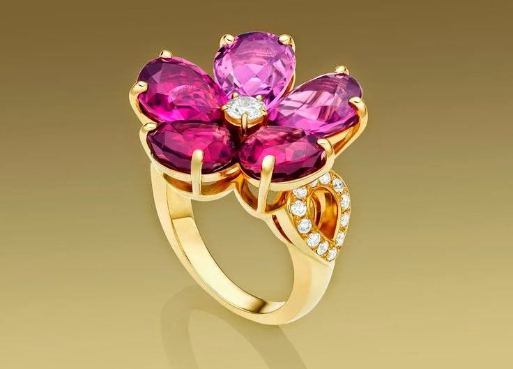 bulgari eden ring in 18 kt yellow gold with pink tourmalines rubellites and pav diamonds