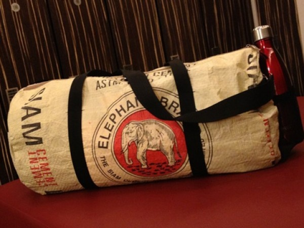 Large Porter Bag: Sand Elephant :: Torrain Recycled Bags from Cambodia