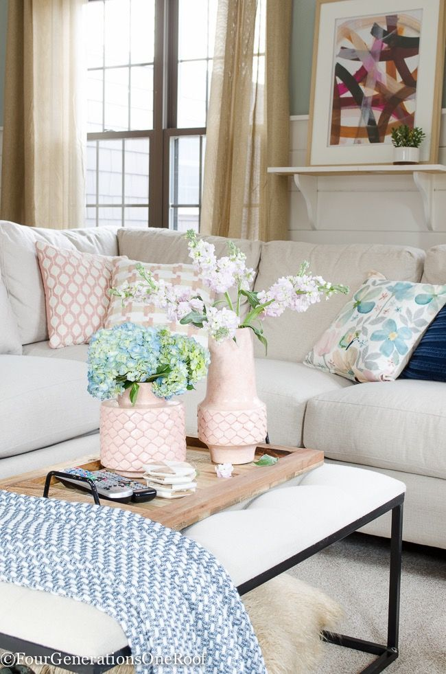 Living Room Spring Decorating Ideas-16