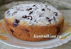 Очень вкусный пирог с замороженной вишней в мультиварке. Рецепт с пошаговыми фото приготовления.
