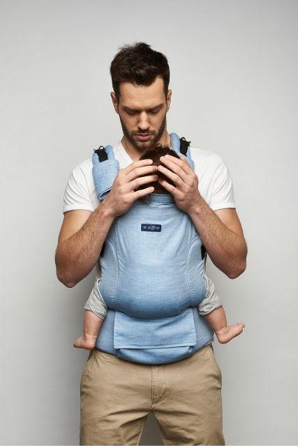 Baby carrier Zaffiro Embrace. Babywearing.