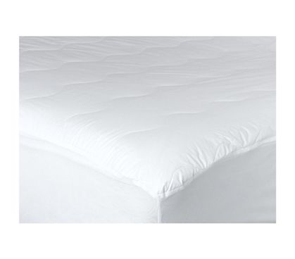 This Extra-Thick Twin XL Dorm Bedding Mattress Pad is the type of comfort that college students need. Things that college students need are twin xl dorm bedding accessories like mattress pads. Mattress pads add comfort to stiff dorm room mattresses.