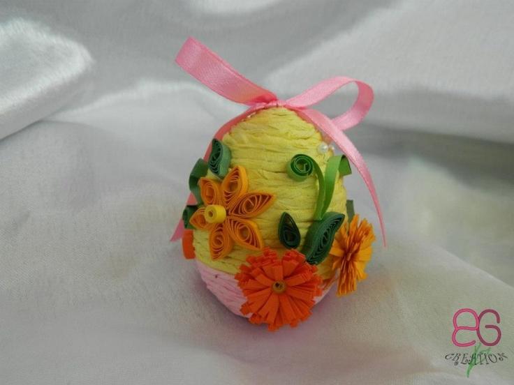 Ou decorativ cu flori din quilling | Decoratiuni de Paste