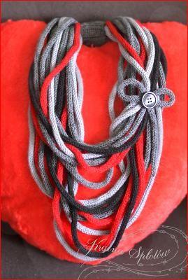 zamotki - tricotin necklace