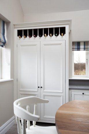 Integrated larder fridge freezer