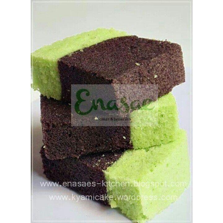 Brownies kukus Pandan Ketan Hitam  Http://facebook.com/kyamicakes