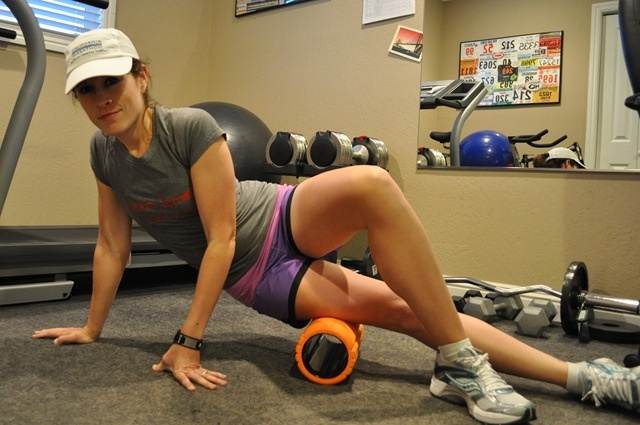 how to use a foam roller for hips
