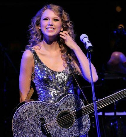 Taylor Swift - Speak Now & Red Tour, Gillette Stadium & Metlife Stadium
