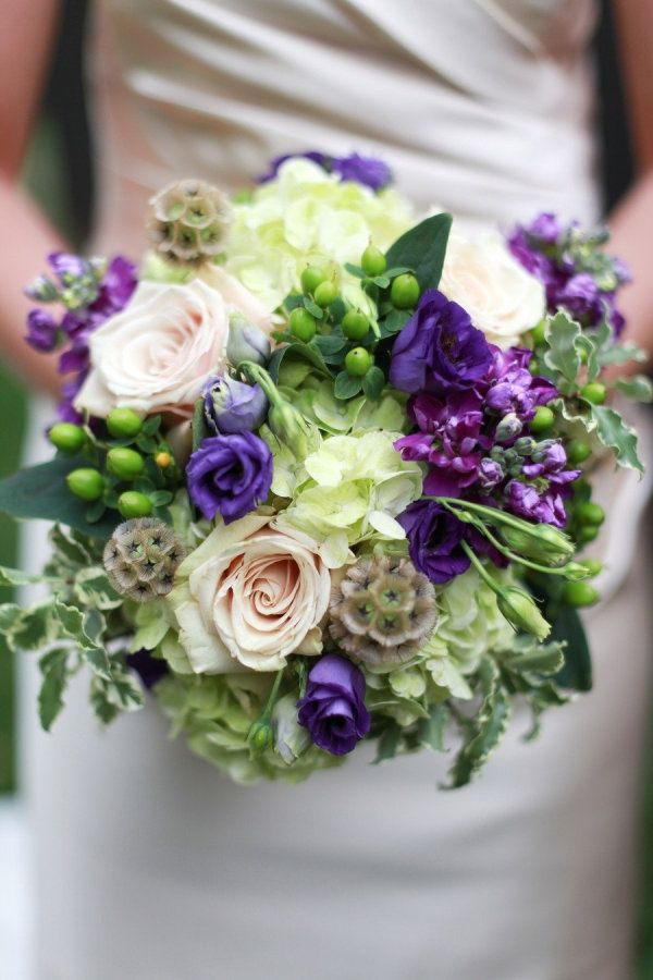 Yes, It is Possible: Find Gorgeous and Affordable Flowers for Your Wedding #wedding #weddingflowers