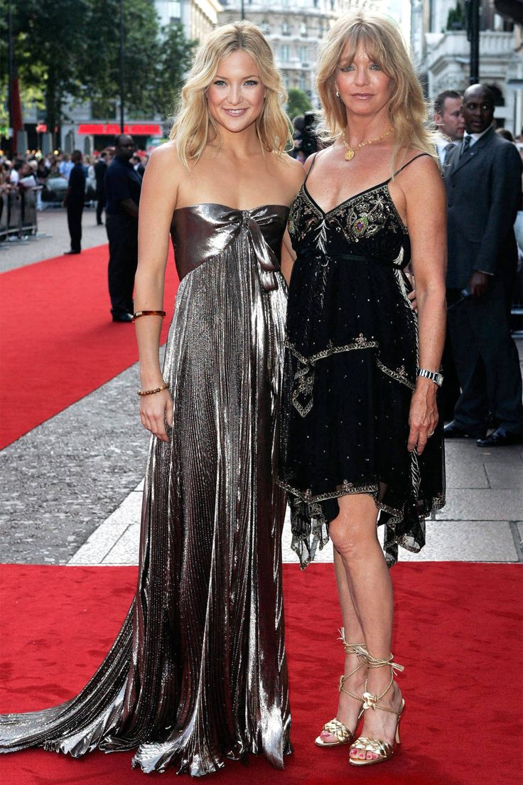 Chicest Mom & Daughter Duos - Kate Hudson & mom Goldie Hawn