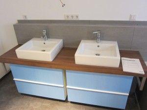 Waschtisch mit IKEA Unterschränken (noch mit blauer Schutzfolie)