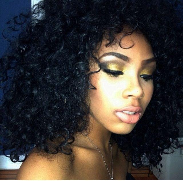 Make up >>>