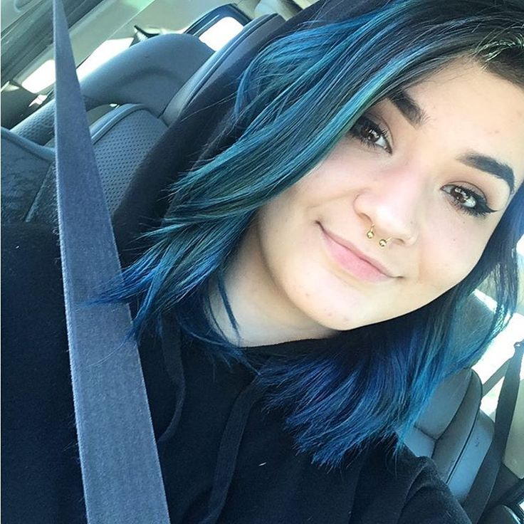 I'm a blueberry person also you should come to the art show @ spf   #bluehair #dyedhair #punkycolour #jeromerussell #turquoisepunkycolor #makeup #crueltyfree #crueltyfreebeauty #crueltyfreemakeup #cosmetology #cosmostudent #piercings #bodymod #septumpiercing http://tipsrazzi.com/ipost/1506829145011001245/?code=BTpVR-1lhed